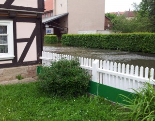 Mobile Barriere Permanent Geschraubt von Thomas.biz